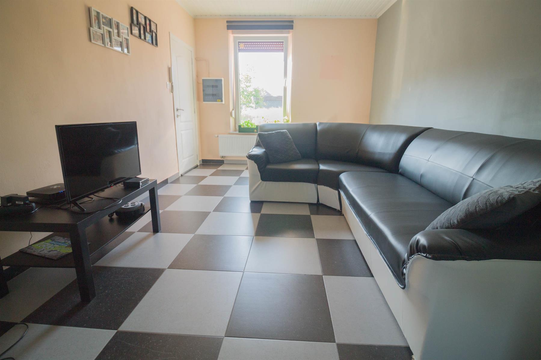 Immeuble à appartements - Forchies-la-Marche - #4397246-2