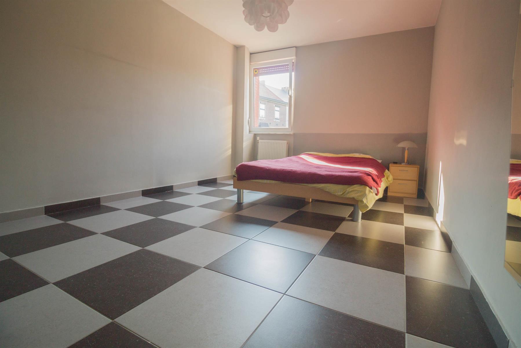 Immeuble à appartements - Forchies-la-Marche - #4397246-10