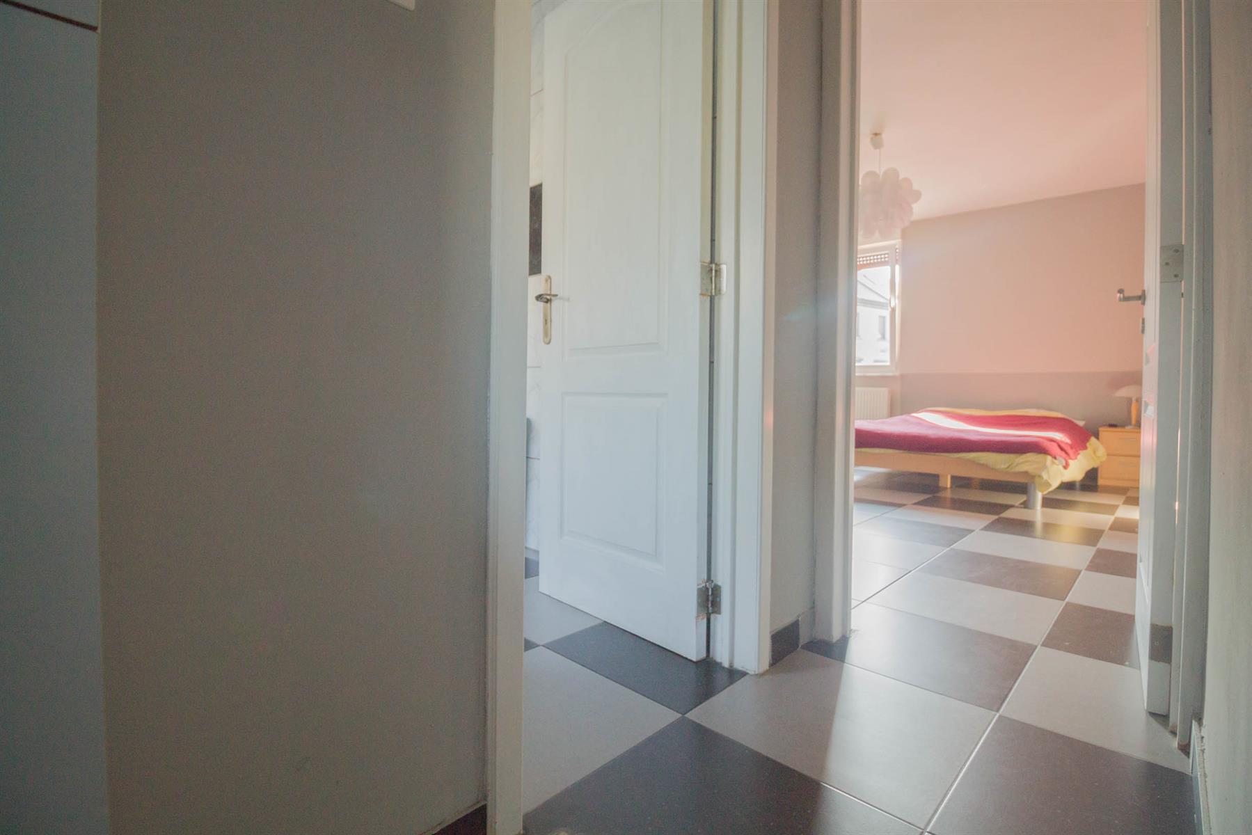 Immeuble à appartements - Forchies-la-Marche - #4397246-9