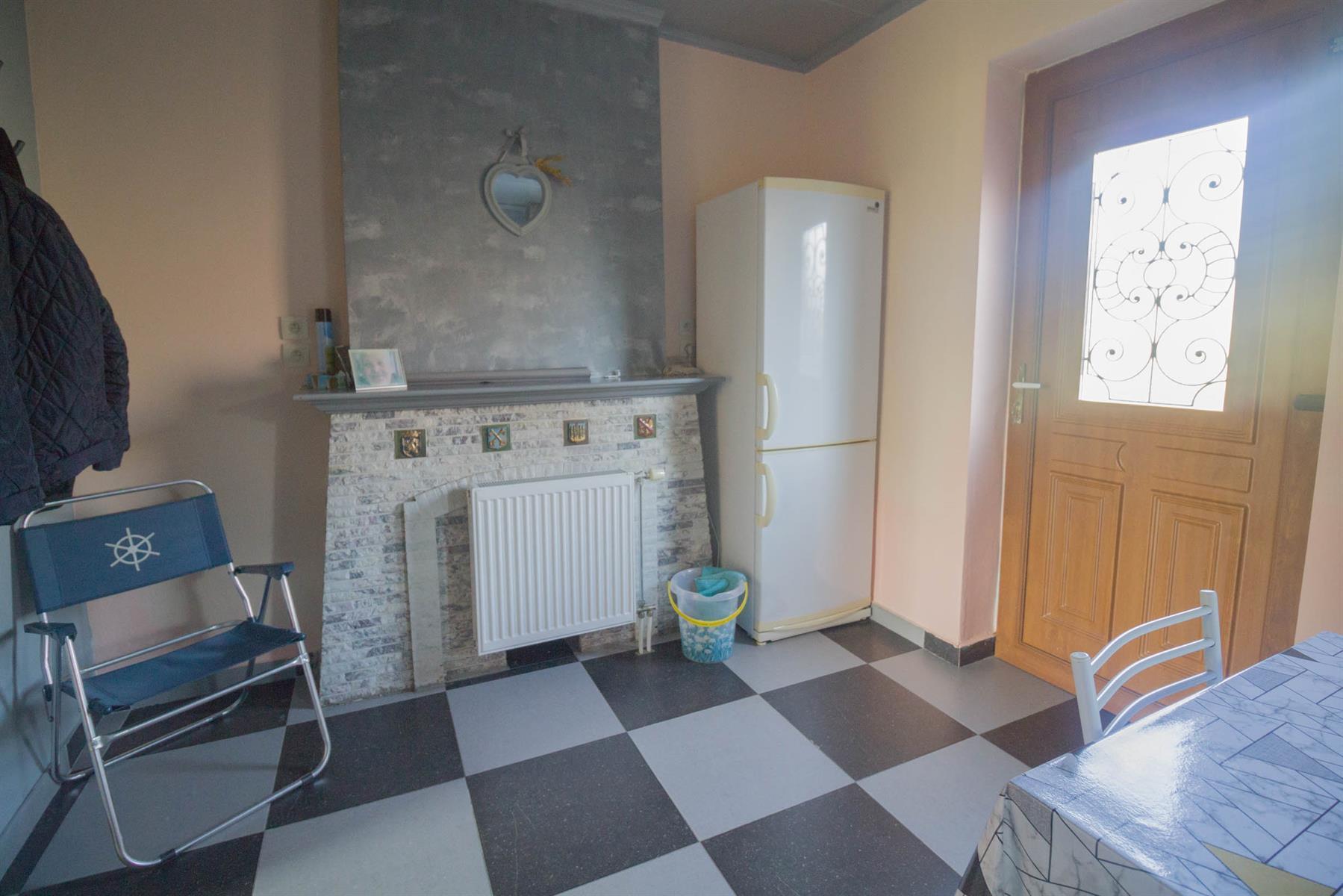 Immeuble à appartements - Forchies-la-Marche - #4397246-8