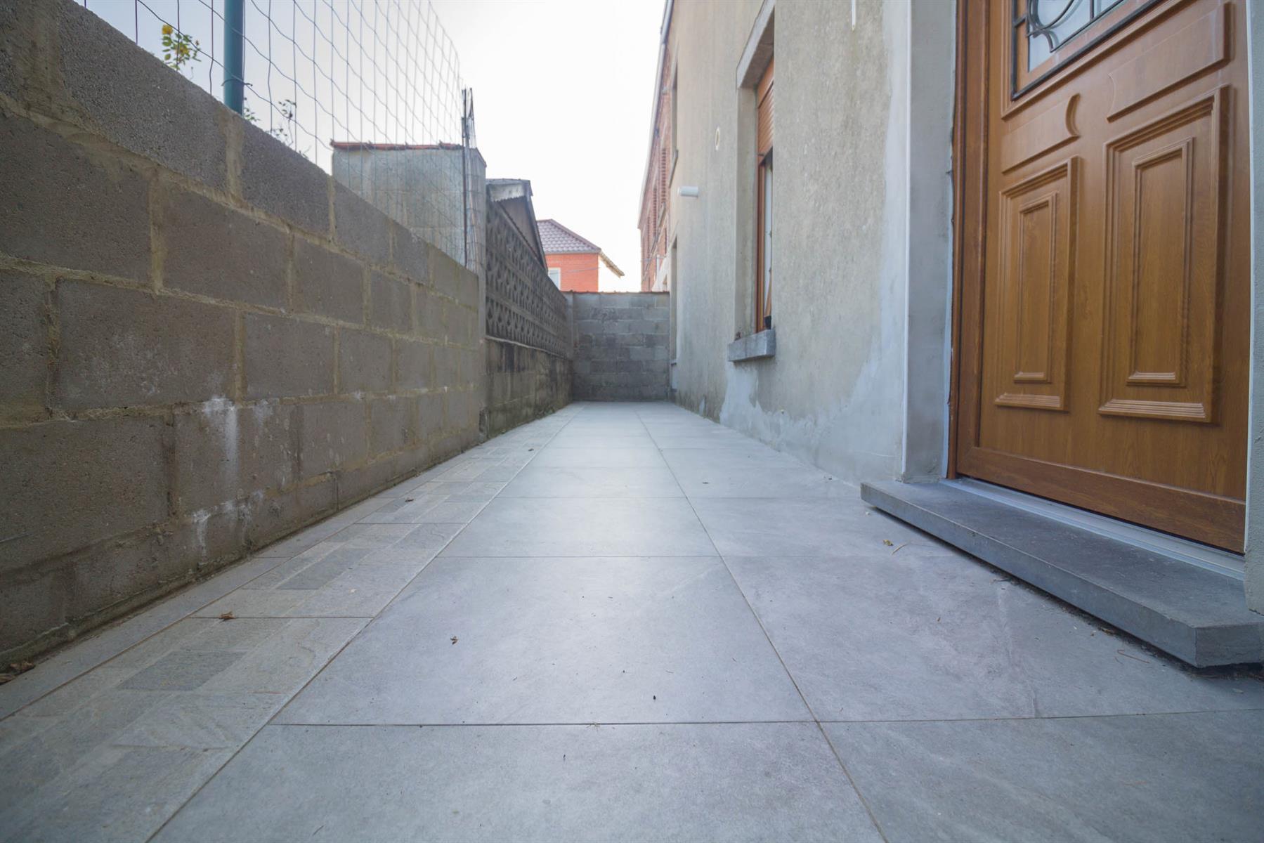 Immeuble à appartements - Forchies-la-Marche - #4397246-15