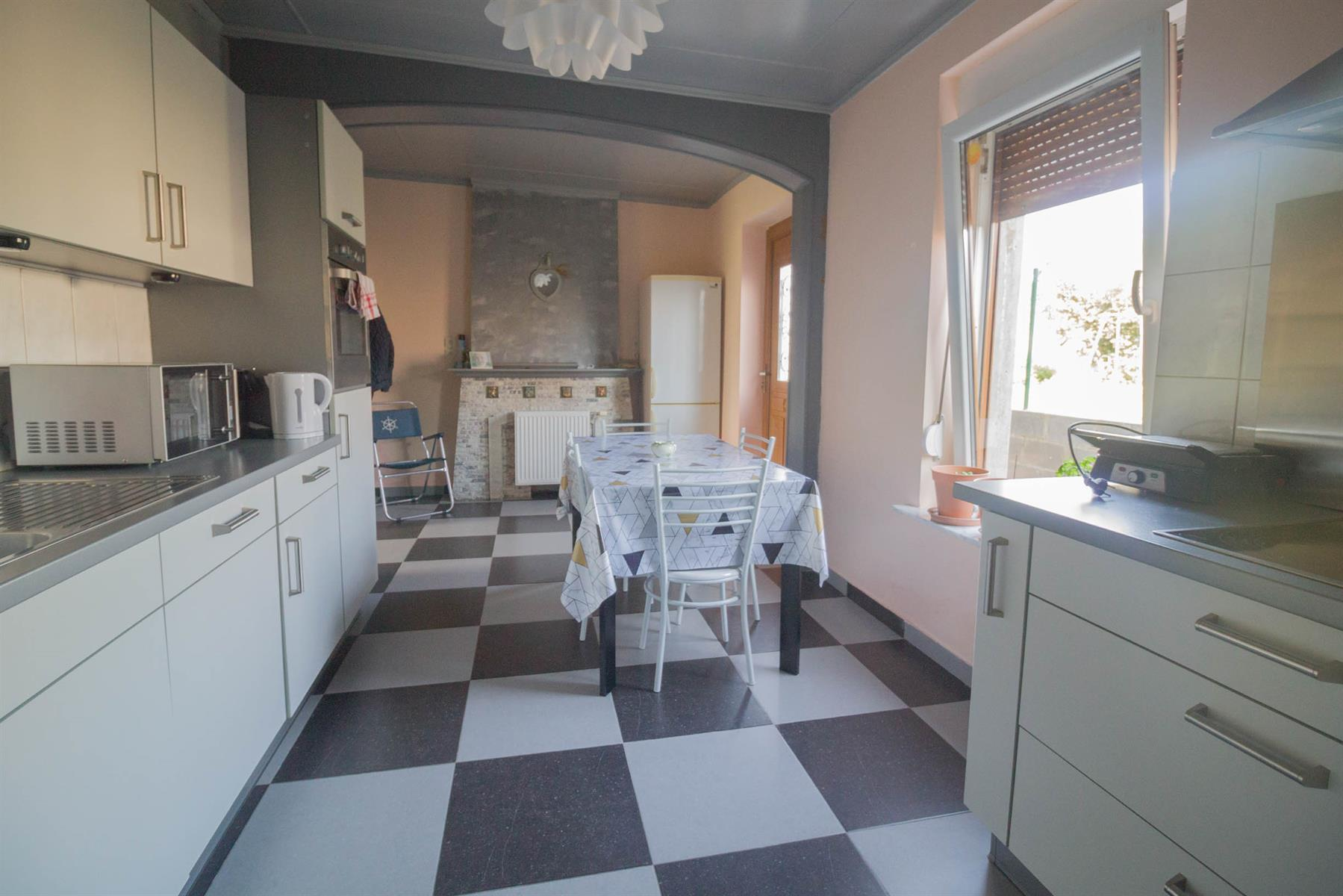 Immeuble à appartements - Forchies-la-Marche - #4397246-6