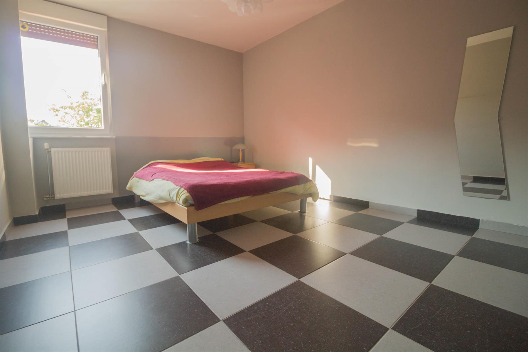 Immeuble à appartements - Forchies-la-Marche - #4397246-11