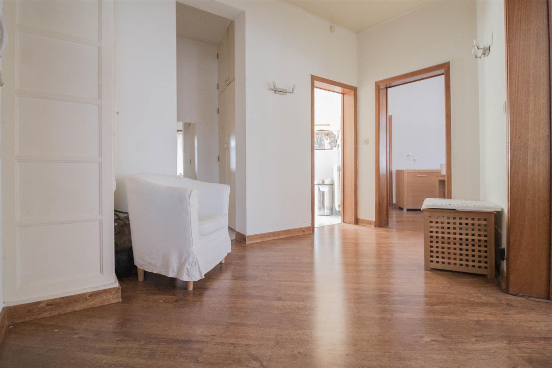 Appartement - Charleroi - #4416667-2