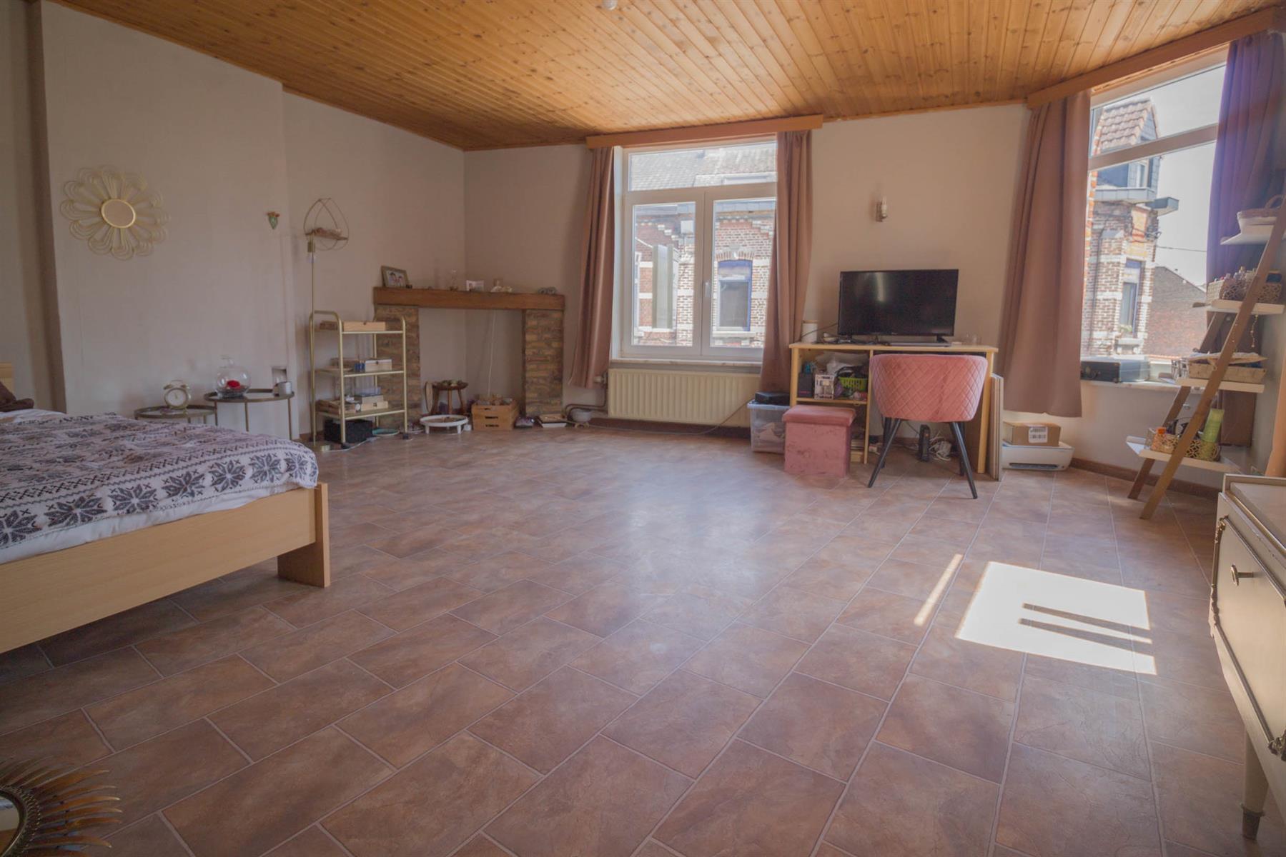 Maison - Monceau-sur-Sambre - #4536955-18