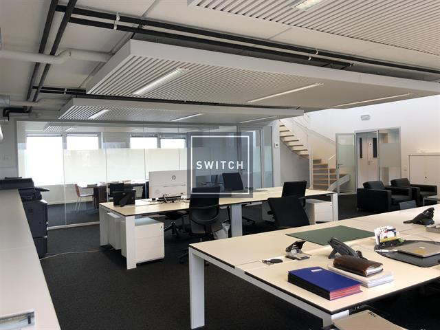 SWITCH REAL ESTATE Bureaux
