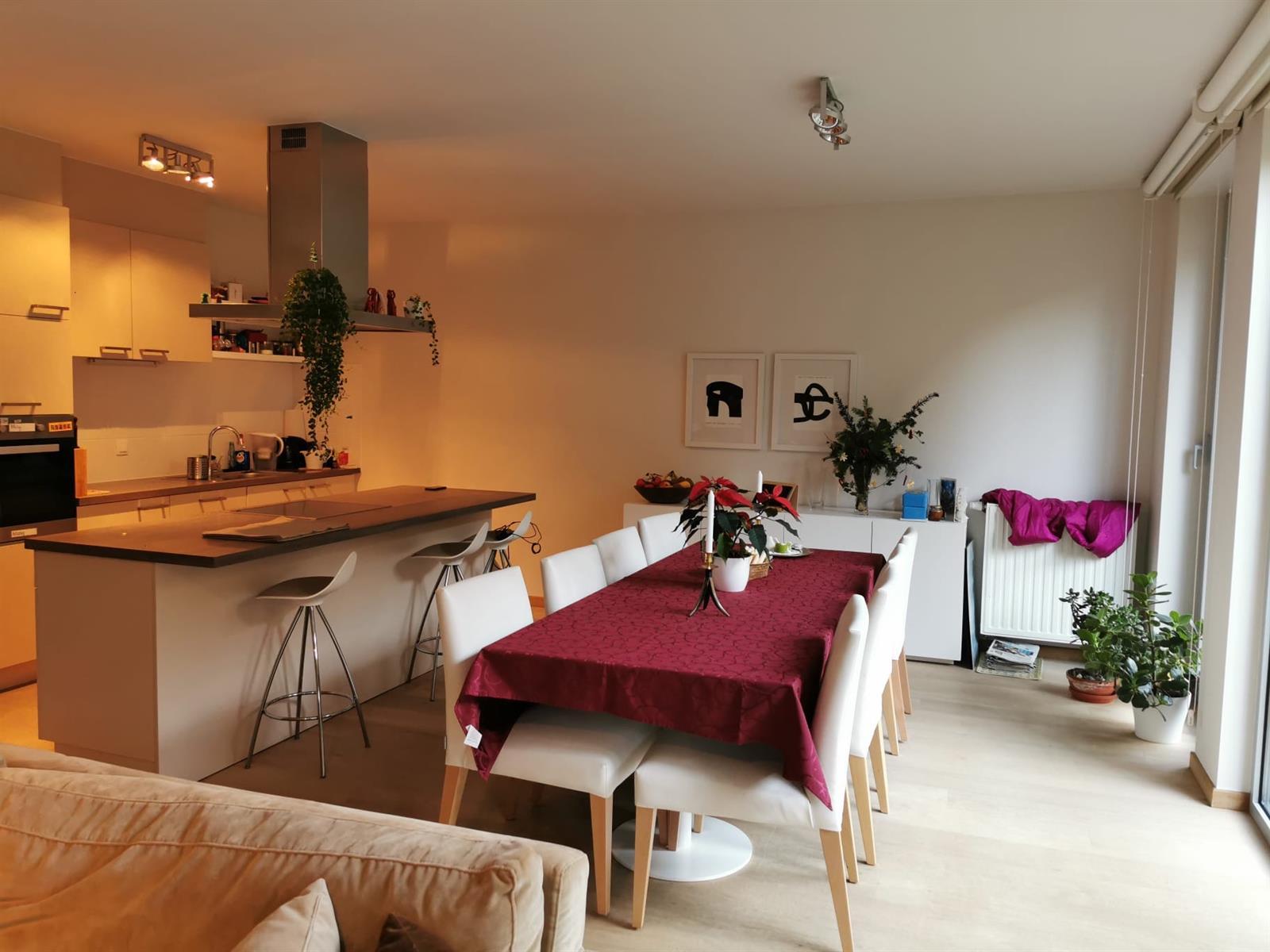 Appartement - Etterbeek - #3955187-1