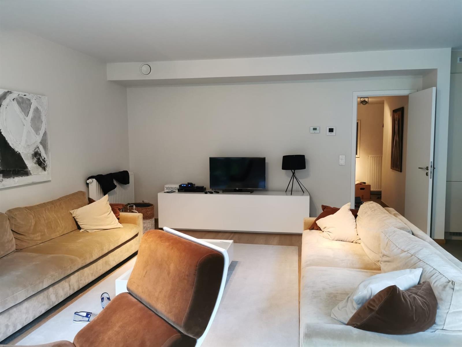 Appartement - Etterbeek - #3955187-9