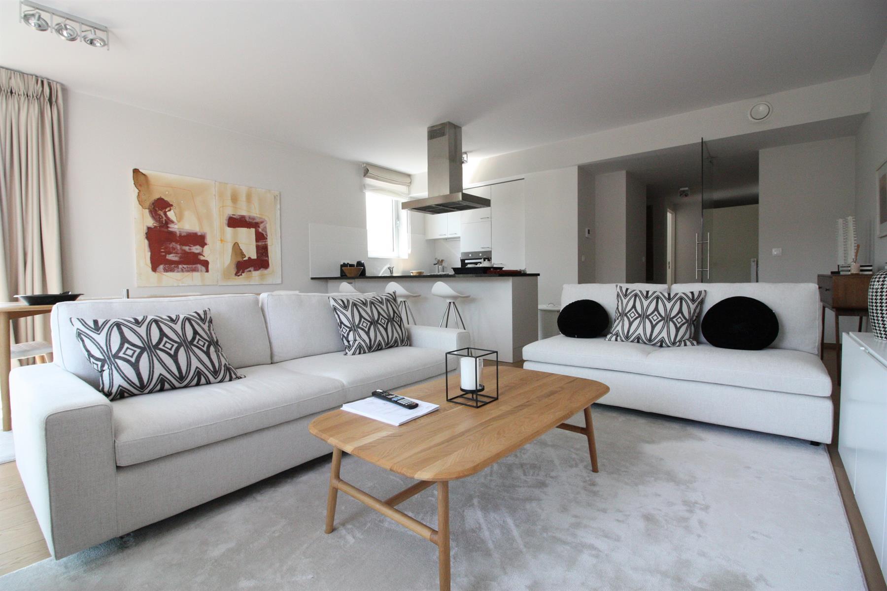 Flat - Etterbeek - #3978340-0