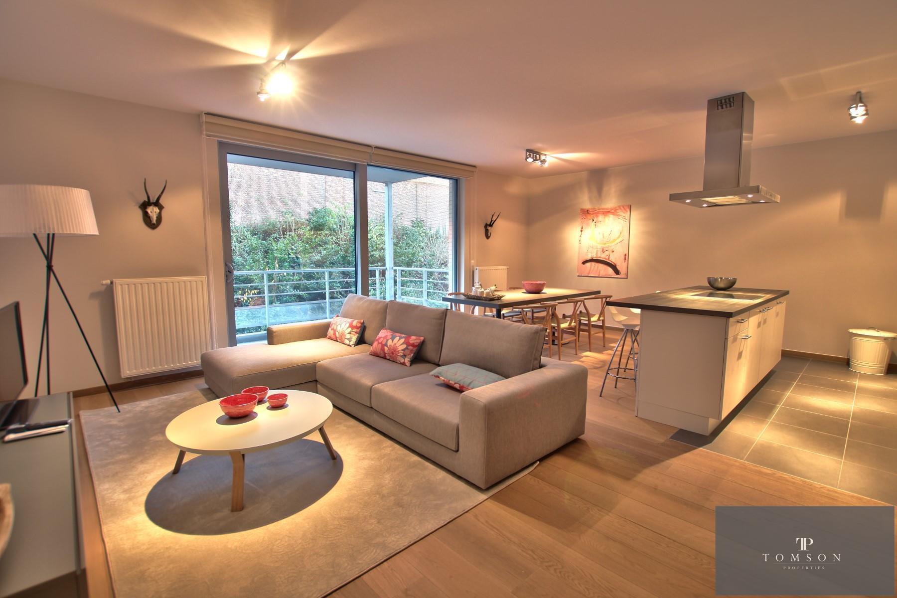 Appartement - Etterbeek - #3991860-0