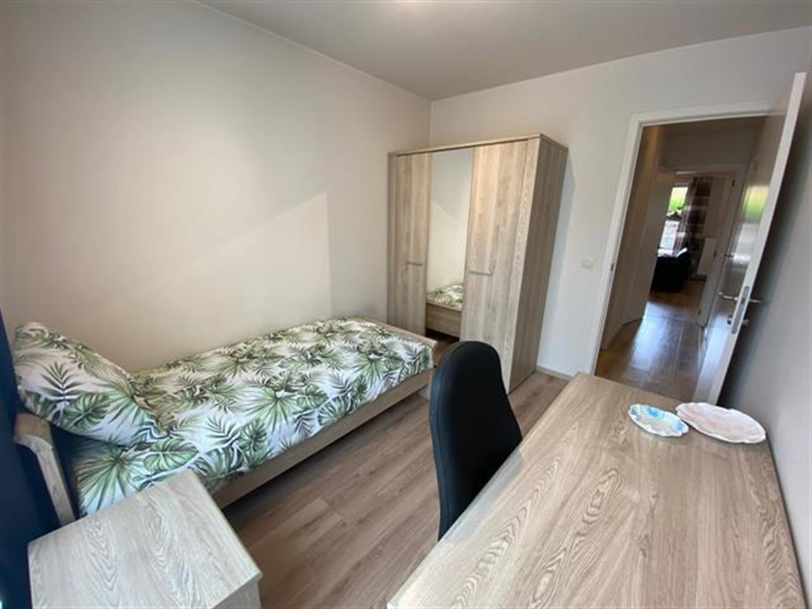 Flat - Etterbeek - #4074391-6