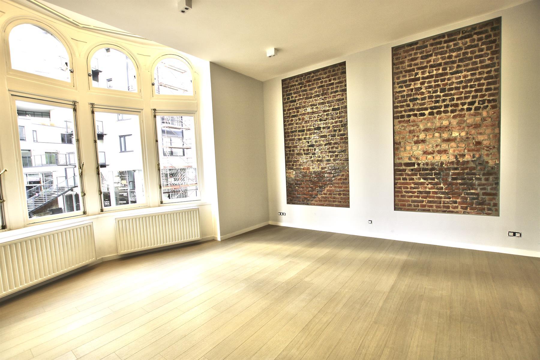 Appartement - Etterbeek - #4110185-1