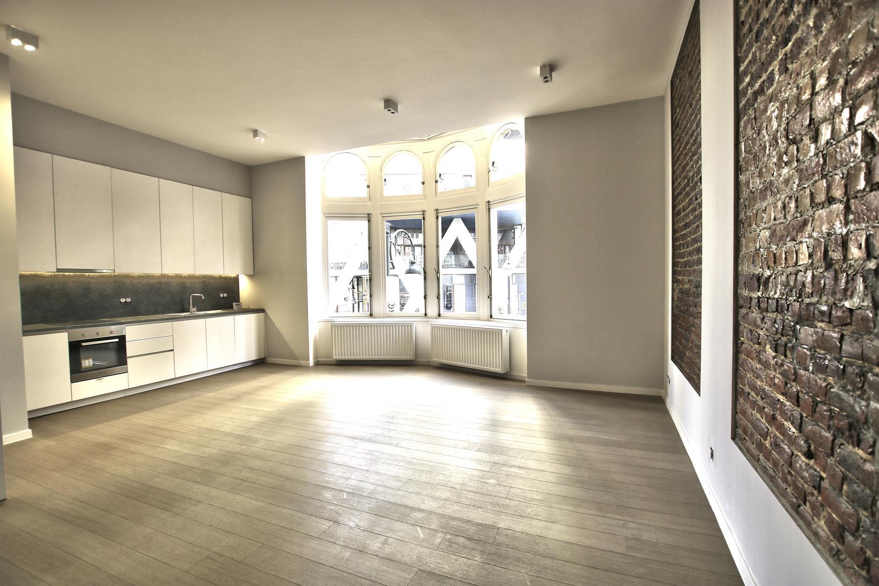 Appartement - Etterbeek - #4110185-0