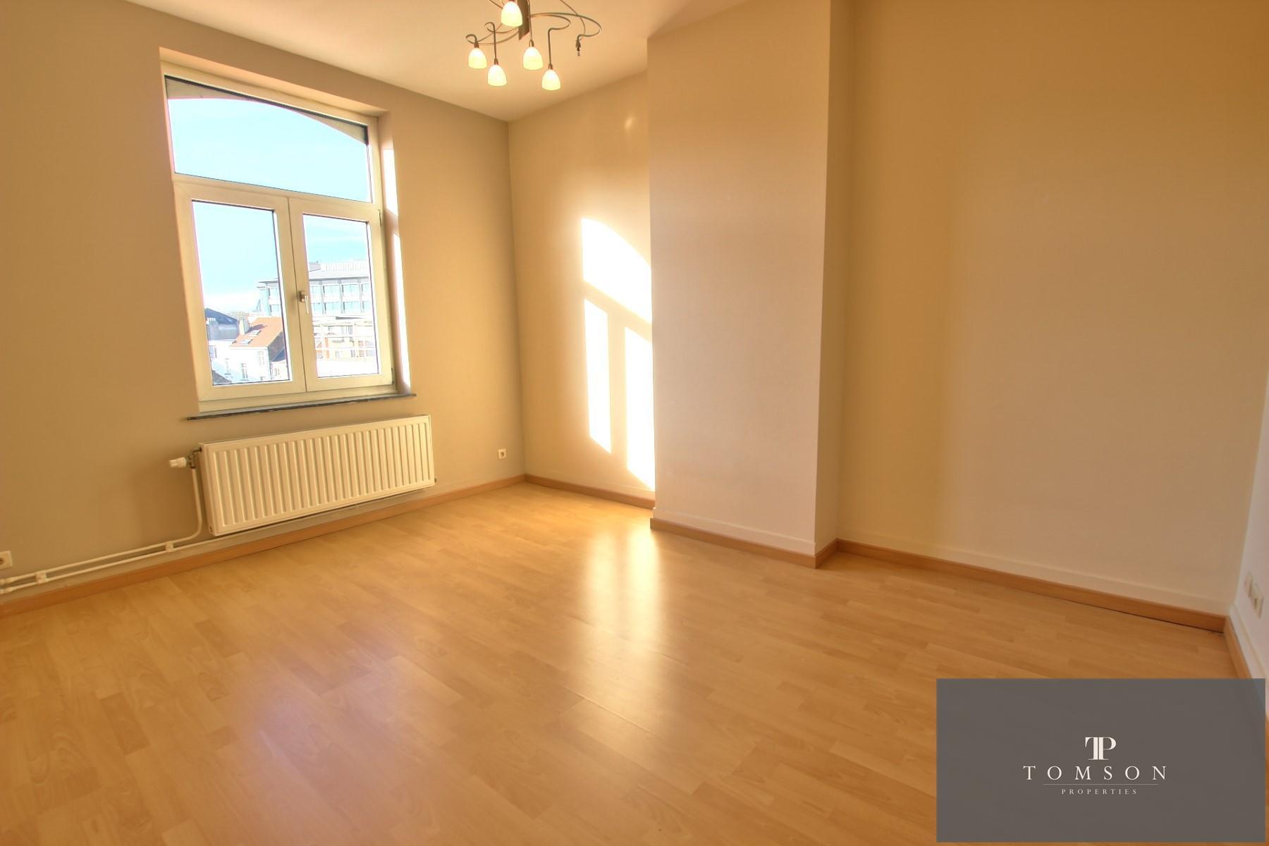 Flat - Etterbeek - #4130587-3
