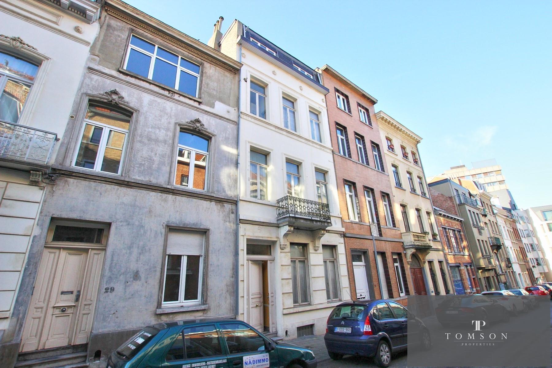 Flat - Etterbeek - #4130587-8