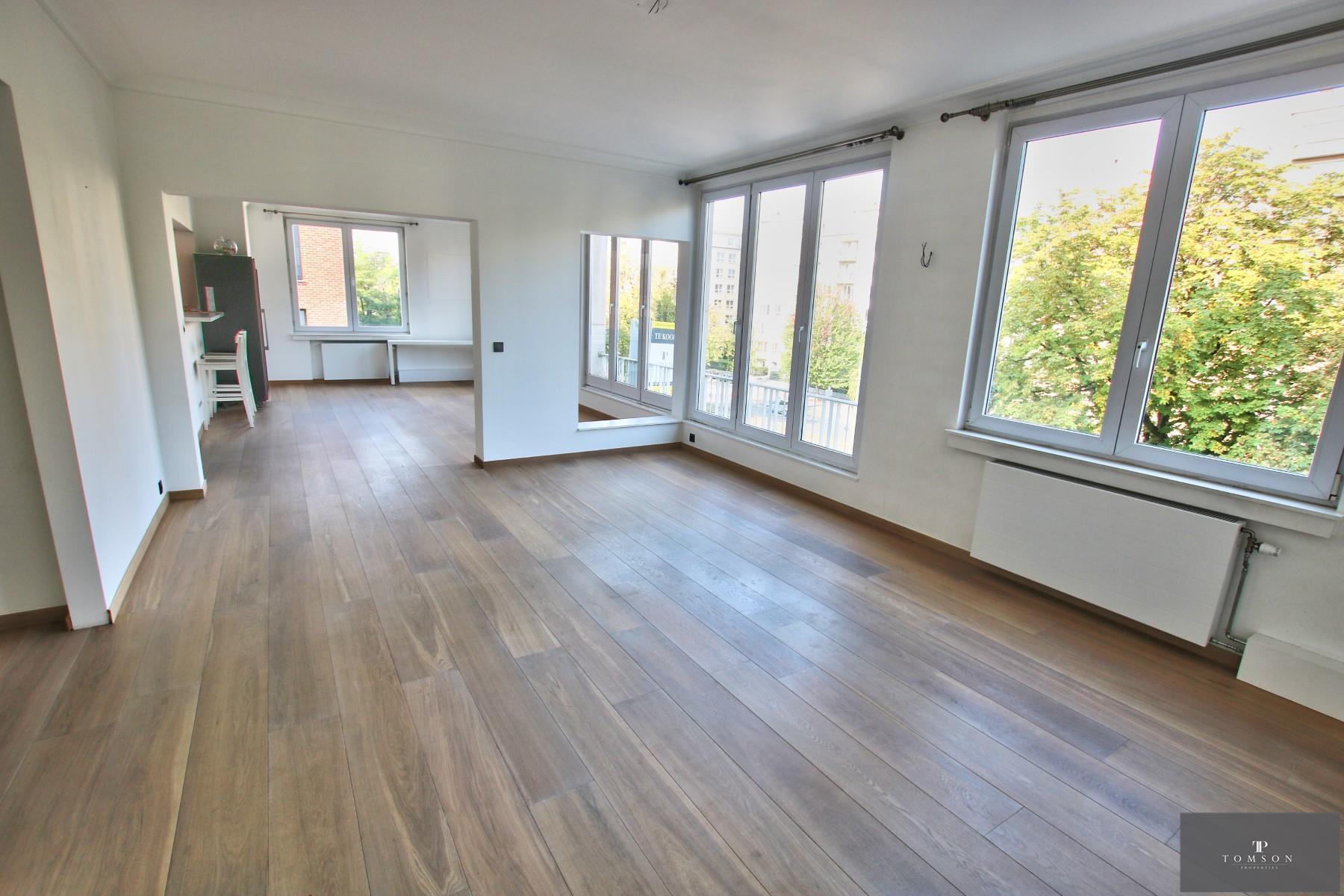 Flat - Etterbeek - #4154759-0