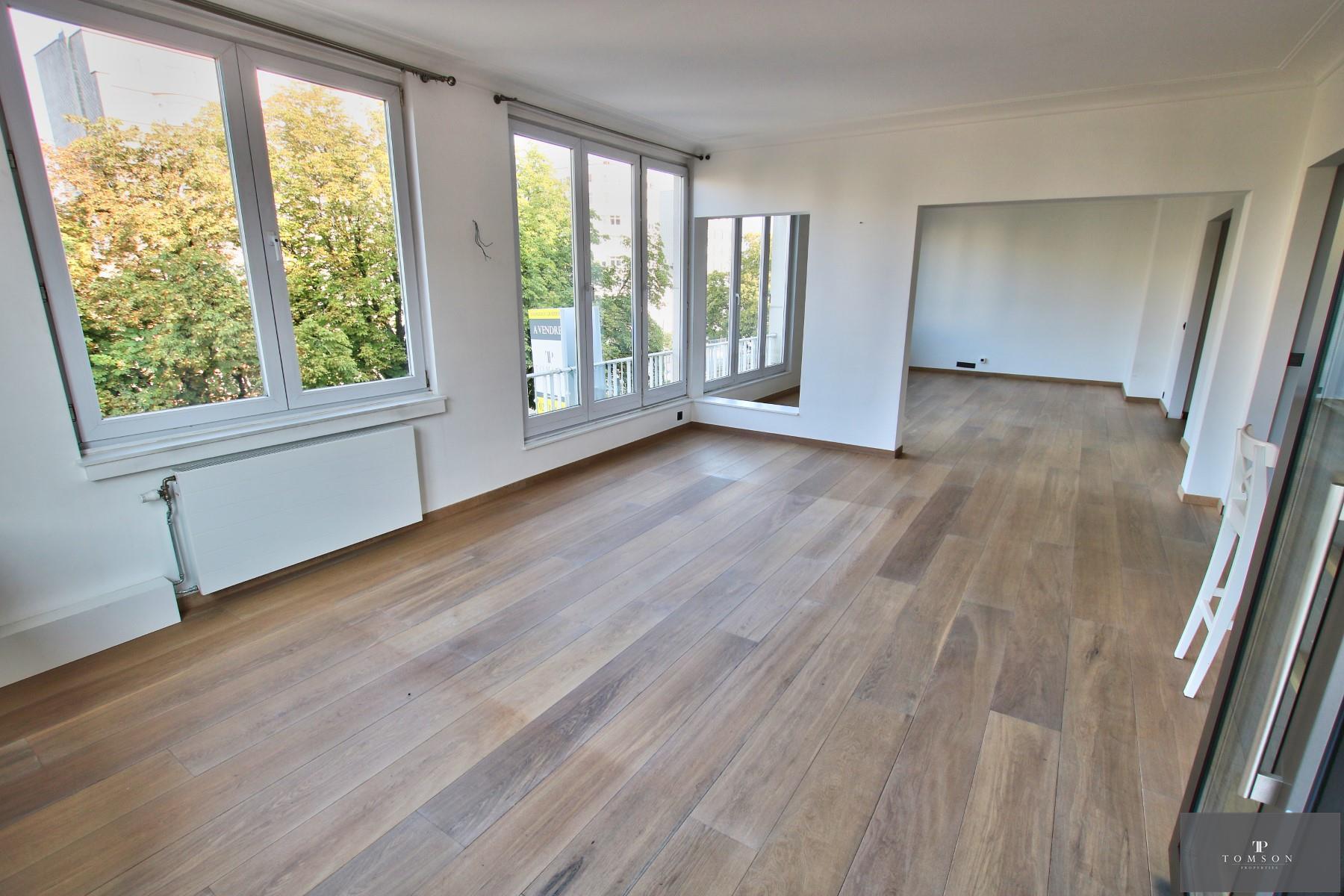 Flat - Etterbeek - #4154759-1