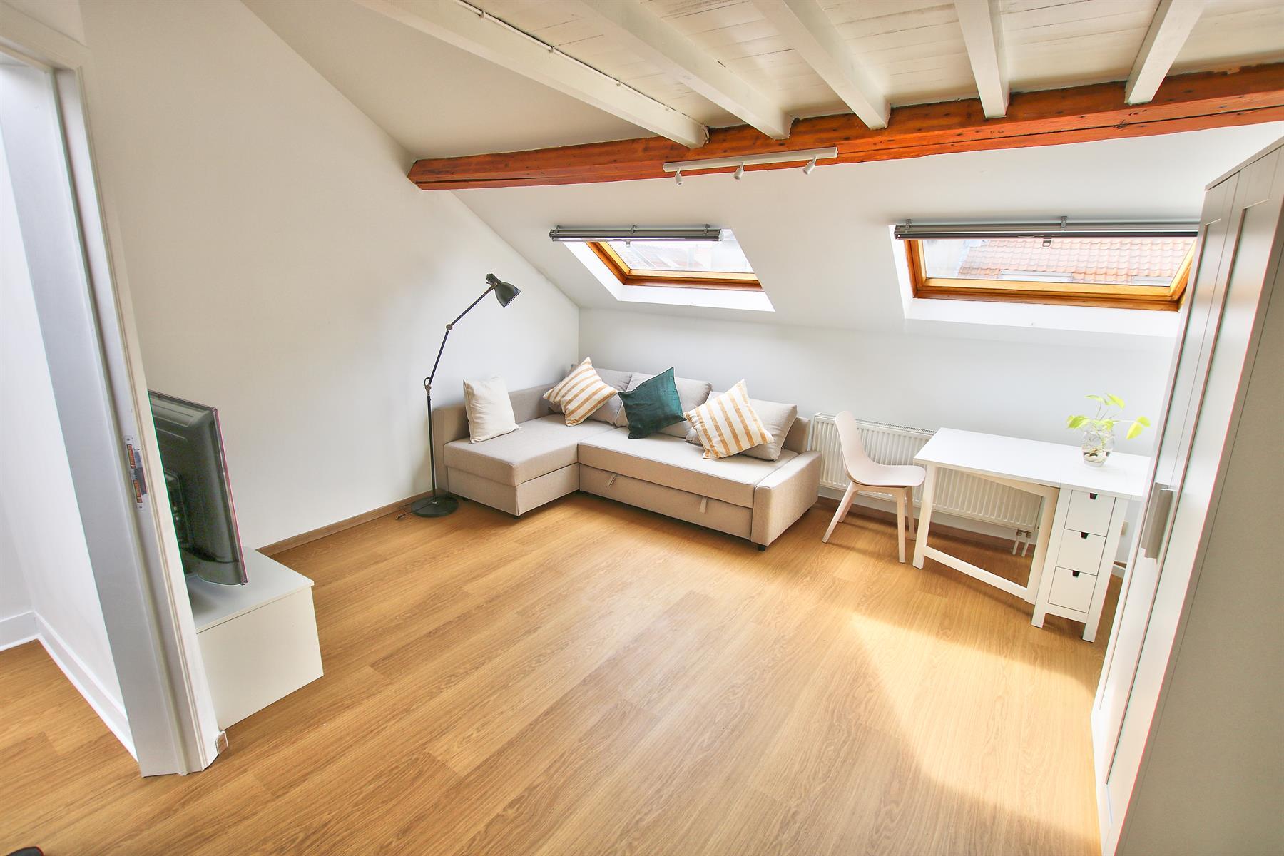 Appartement - Etterbeek - #4183568-1