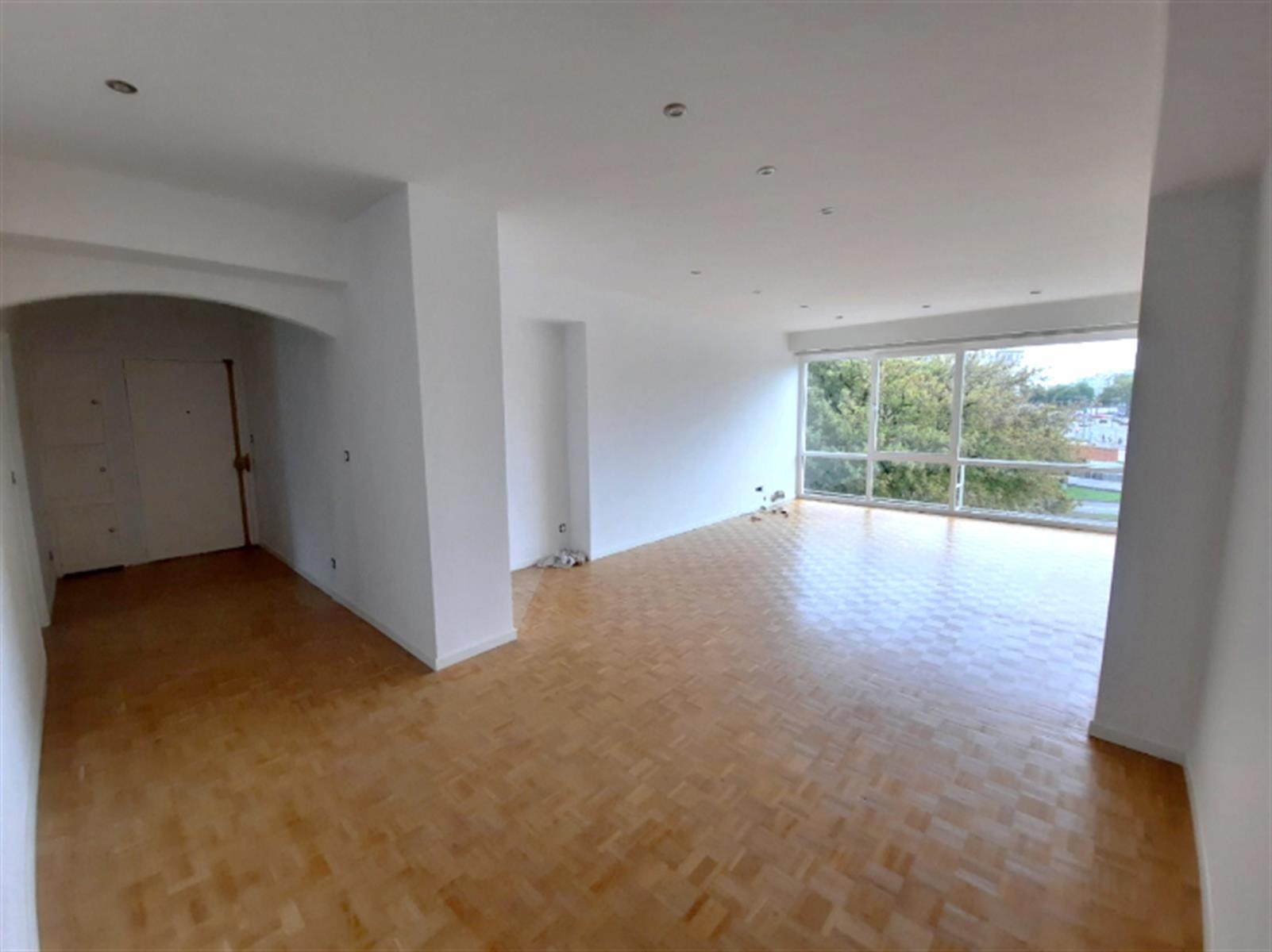 Appartement - Schaerbeek - #4196437-0