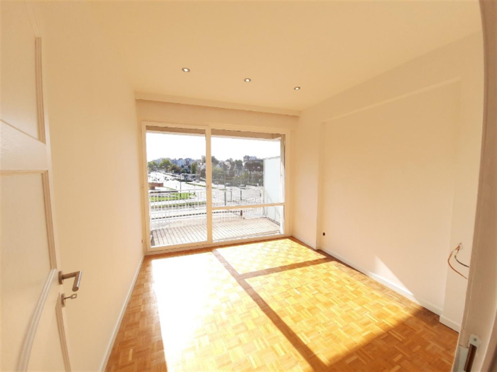Appartement - Schaerbeek - #4196437-4