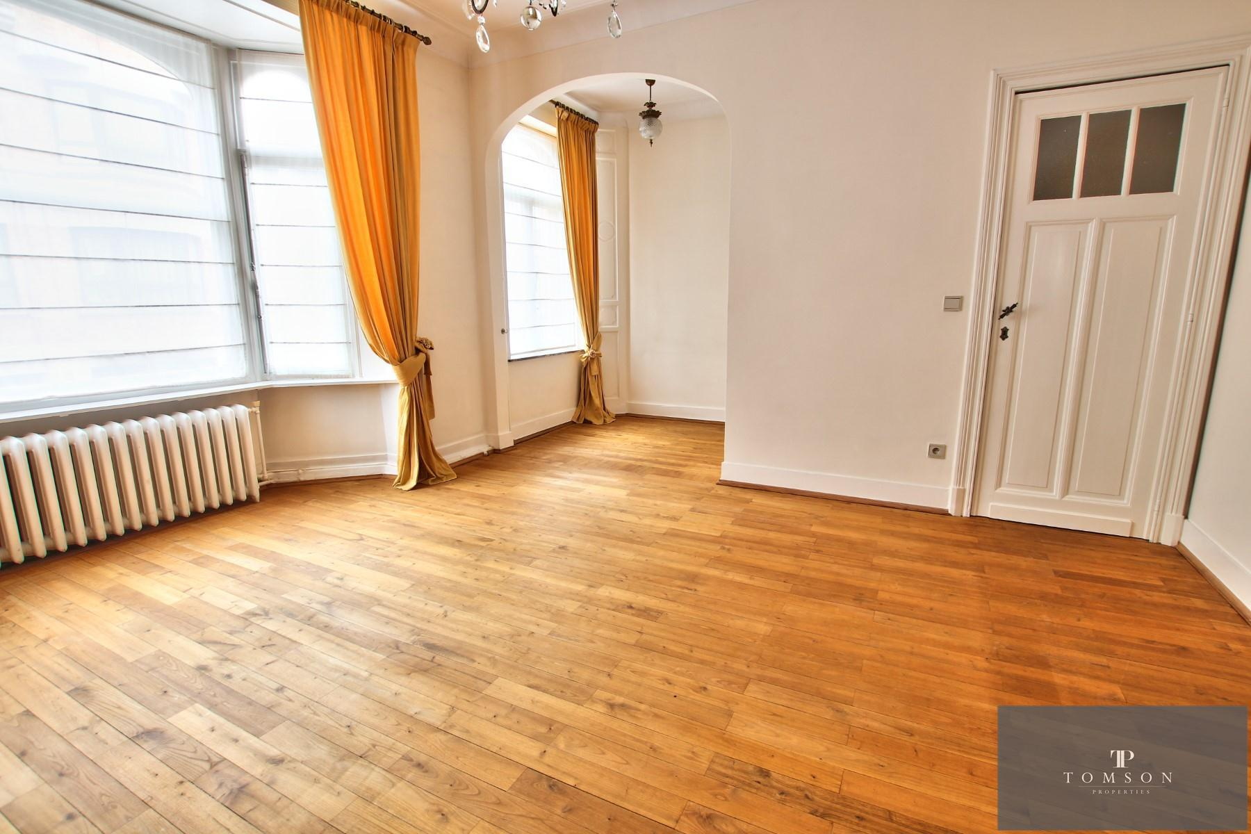 House - Etterbeek - #4246787-4