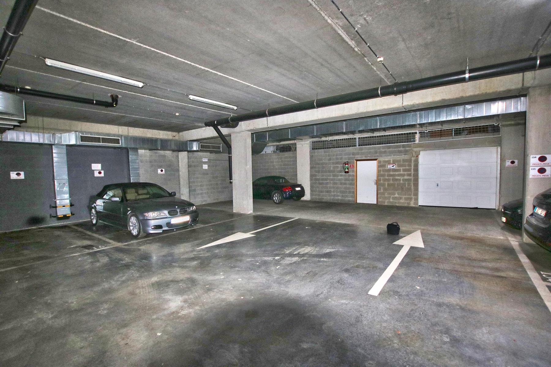 Inside parking - Etterbeek - #4289163-6