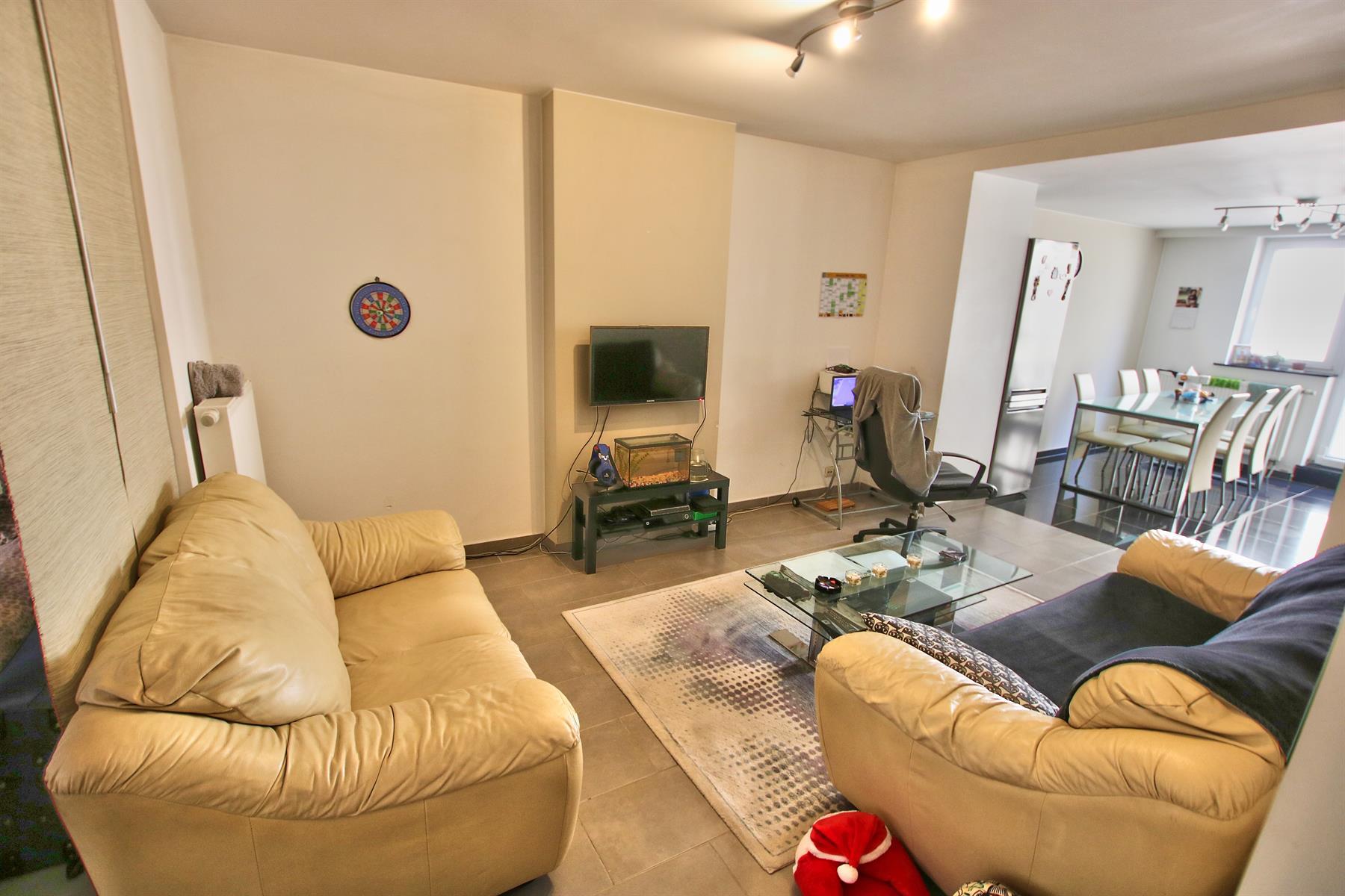 Appartement - Etterbeek - #4344790-1