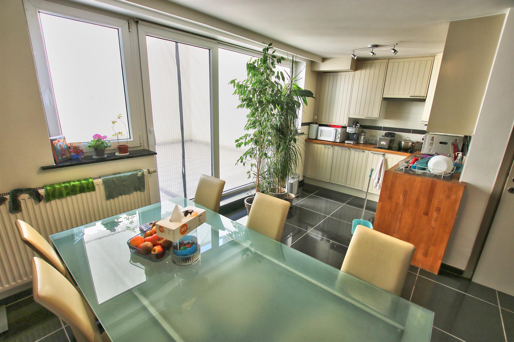 Appartement - Etterbeek - #4344790-2