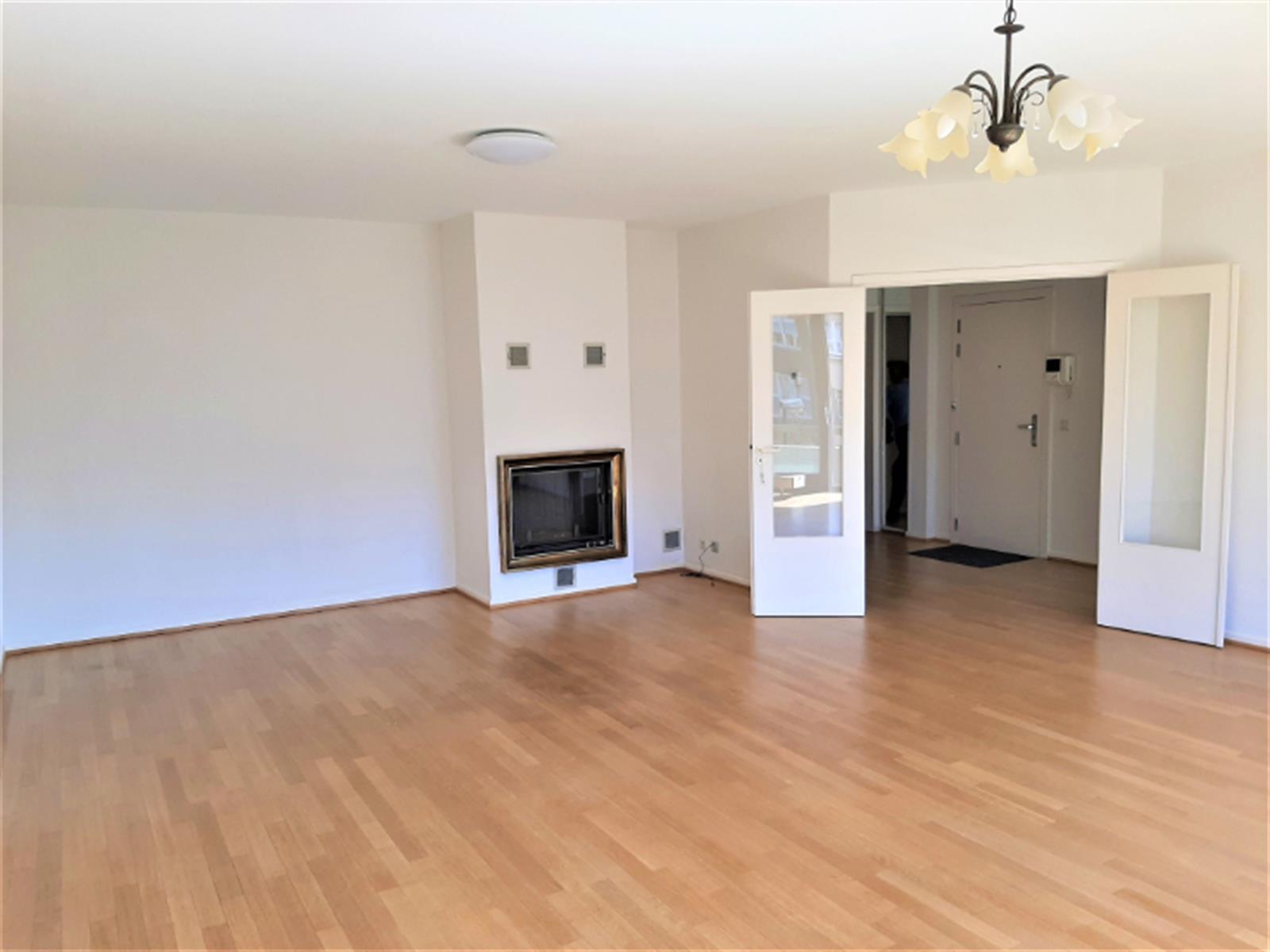 Appartement - Woluwe-Saint-Pierre - #4350243-1
