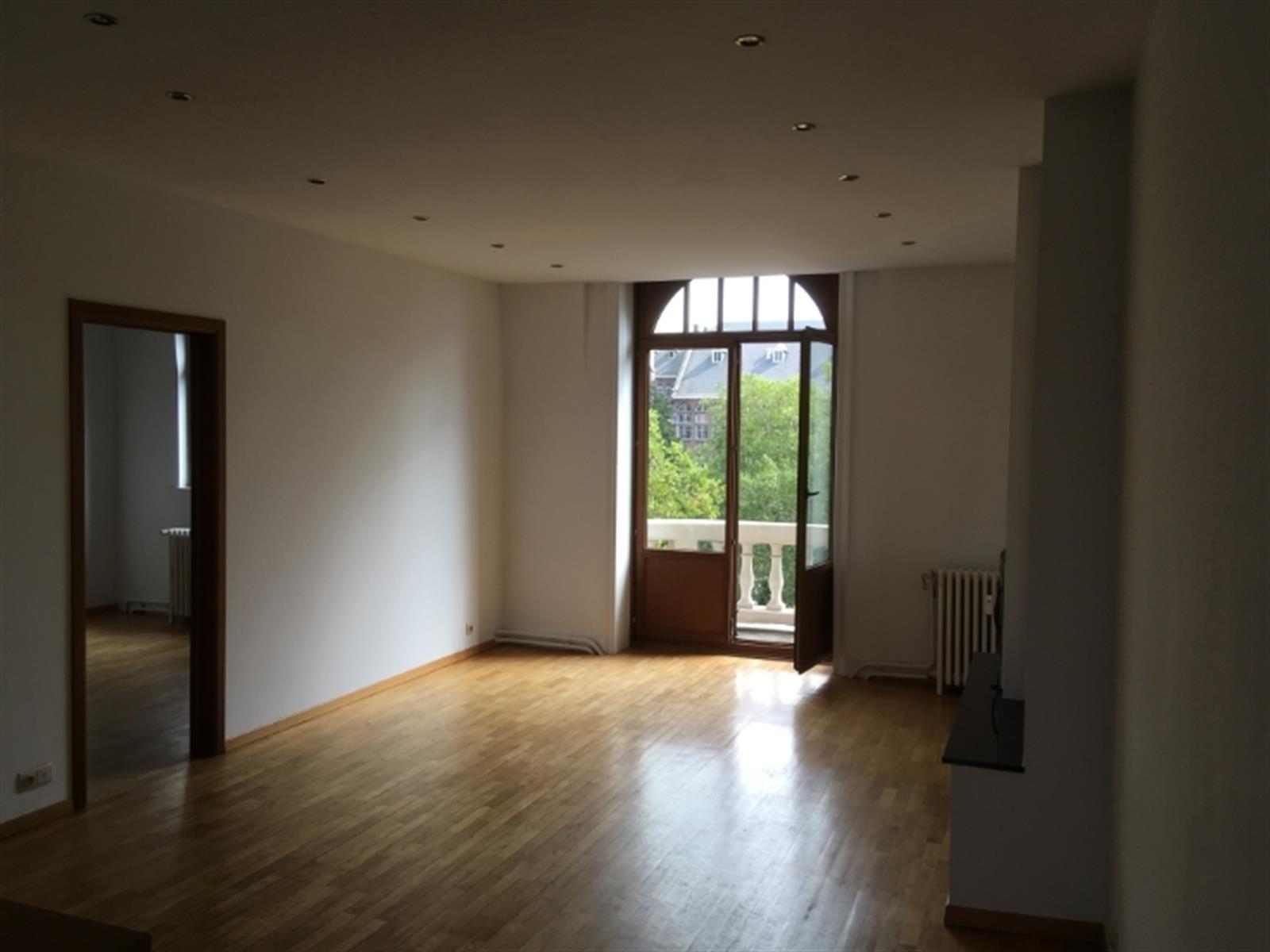 Appartement - Etterbeek - #4350465-0