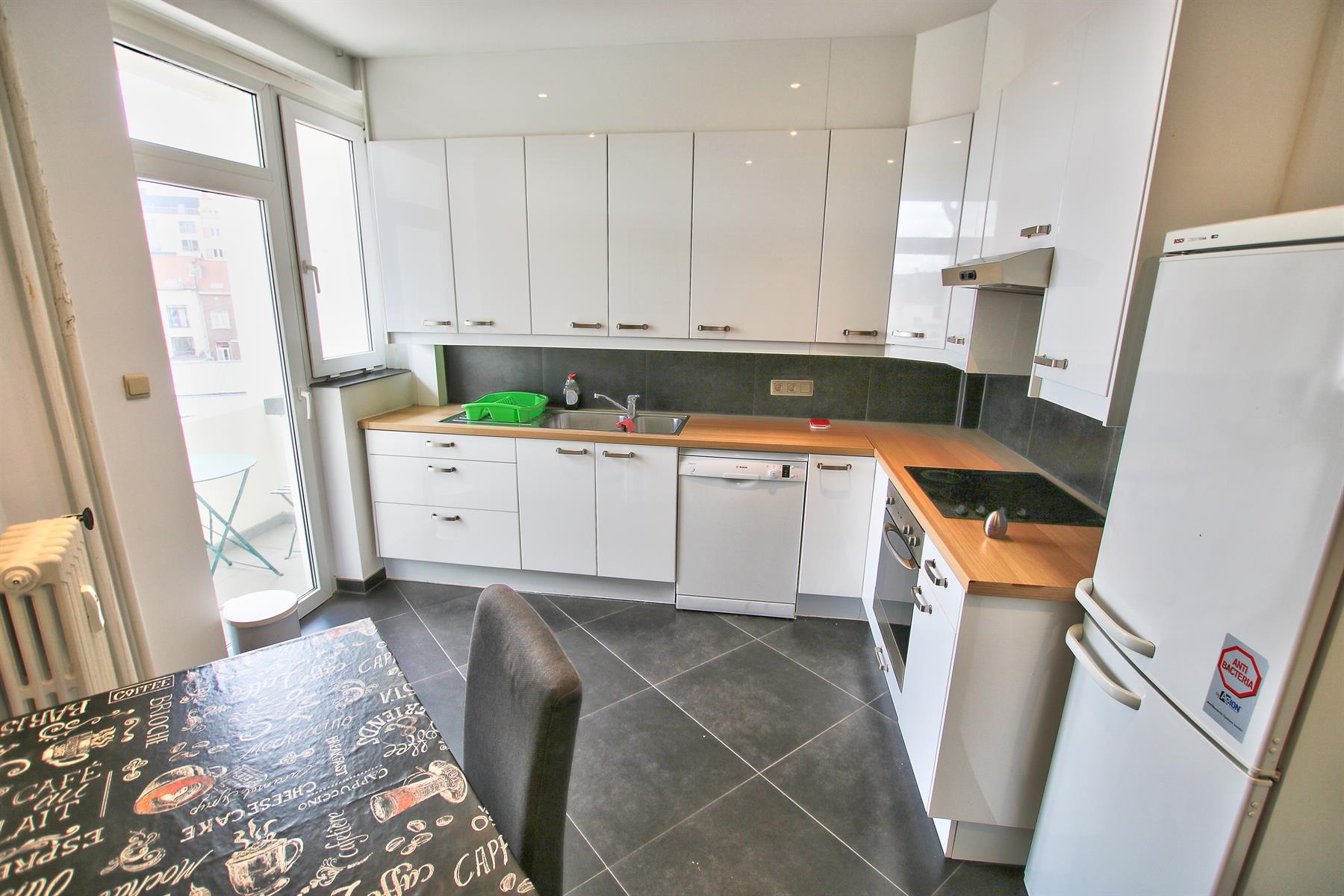 Appartement - Etterbeek - #4355448-2