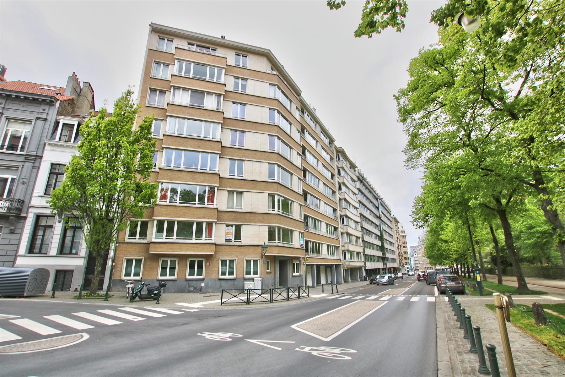 Appartement - Etterbeek - #4355448-9