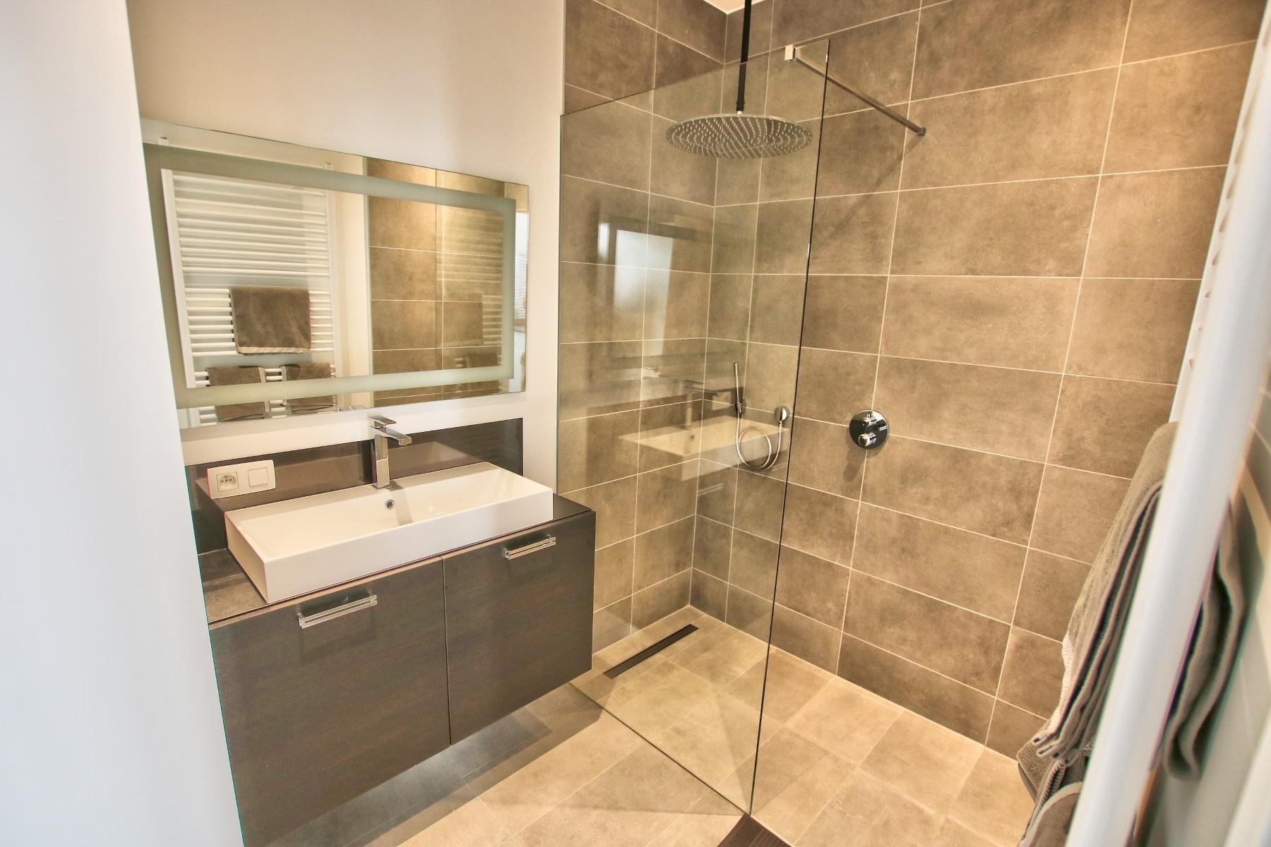 Uitzonderlijk appartement - Etterbeek - #4356043-8