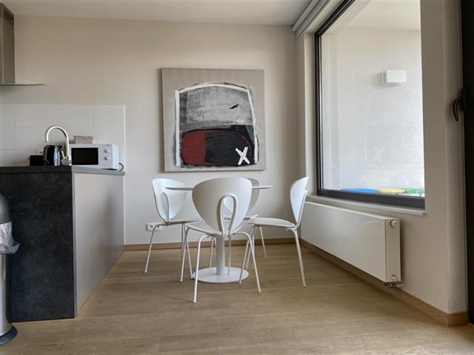 Appartement - Etterbeek - #4389101-1