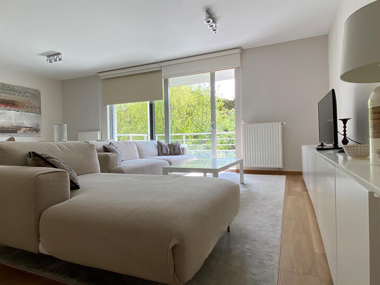 Flat - Etterbeek - #4389571-4