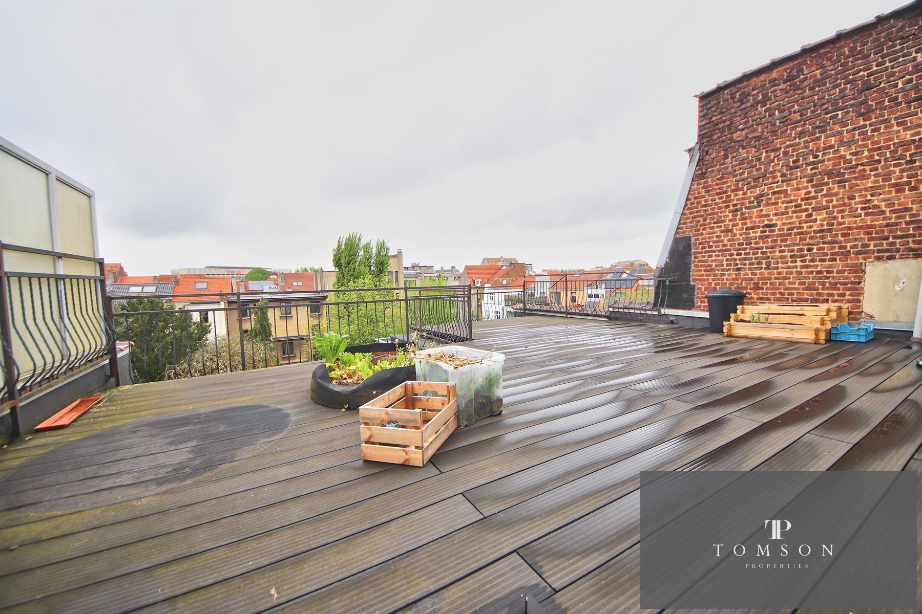 Flat - Etterbeek - #4400084-0