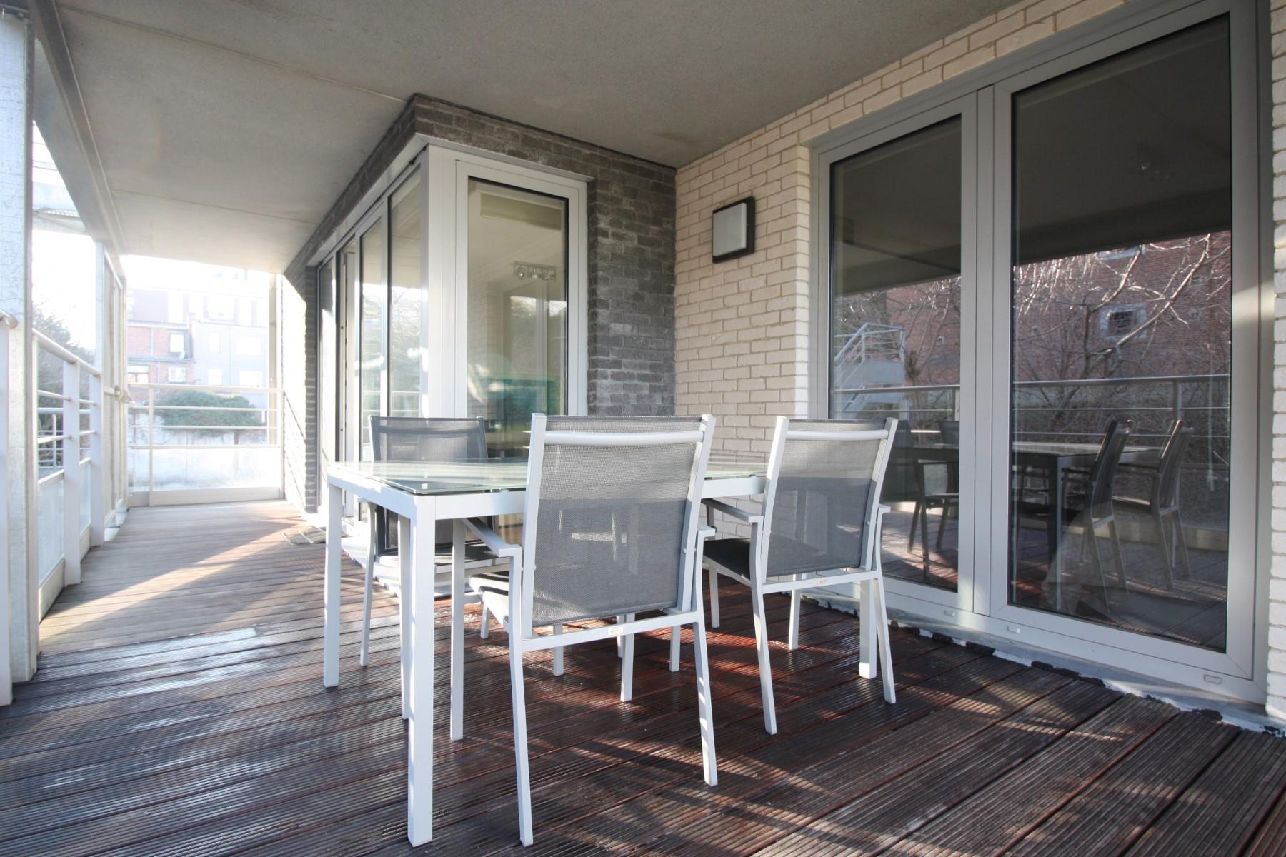 Appartement - Etterbeek - #4403274-0