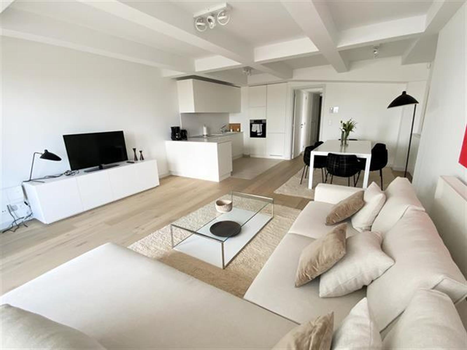 Flat - Ixelles - #4410787-1