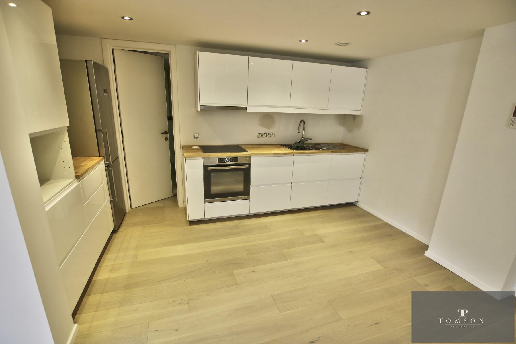 Flat - Etterbeek - #4431086-1