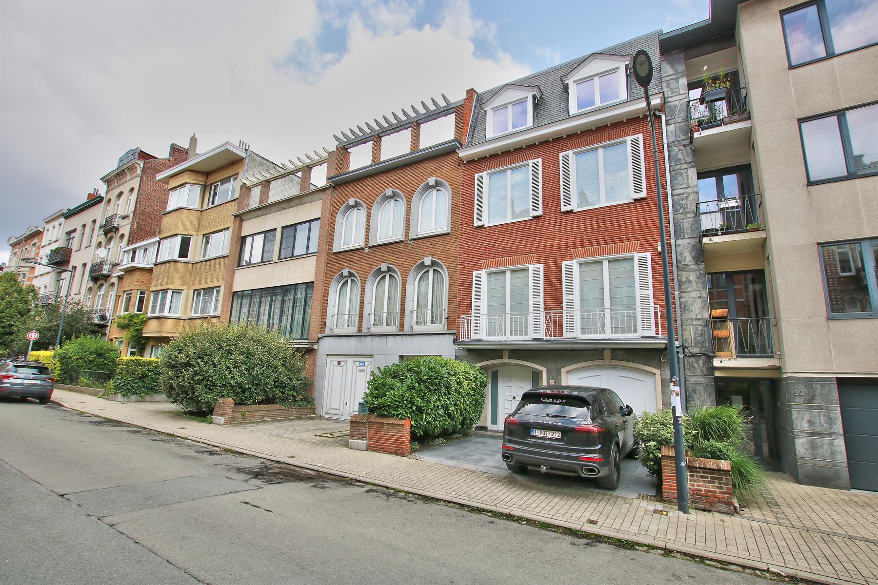 Maison - Etterbeek - #4454540-0