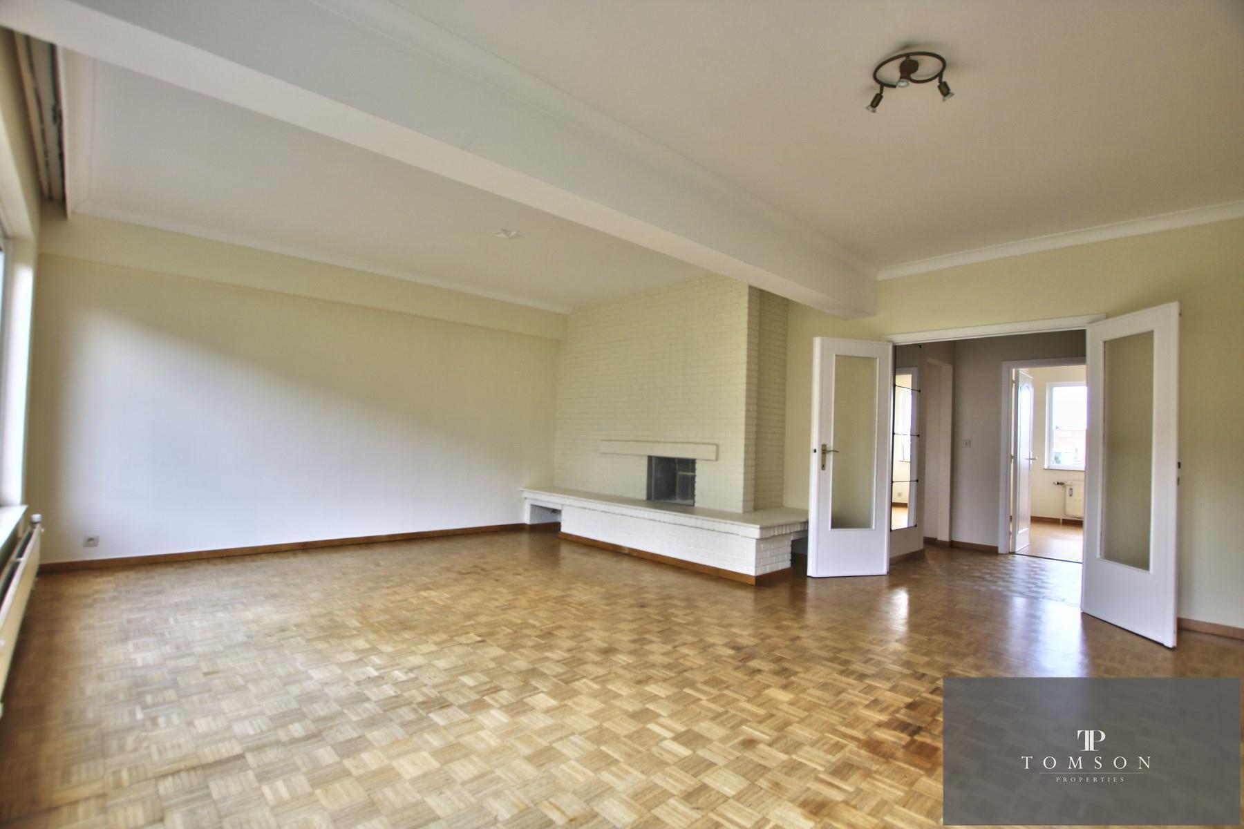 Appartement - Schaerbeek - #4496040-1