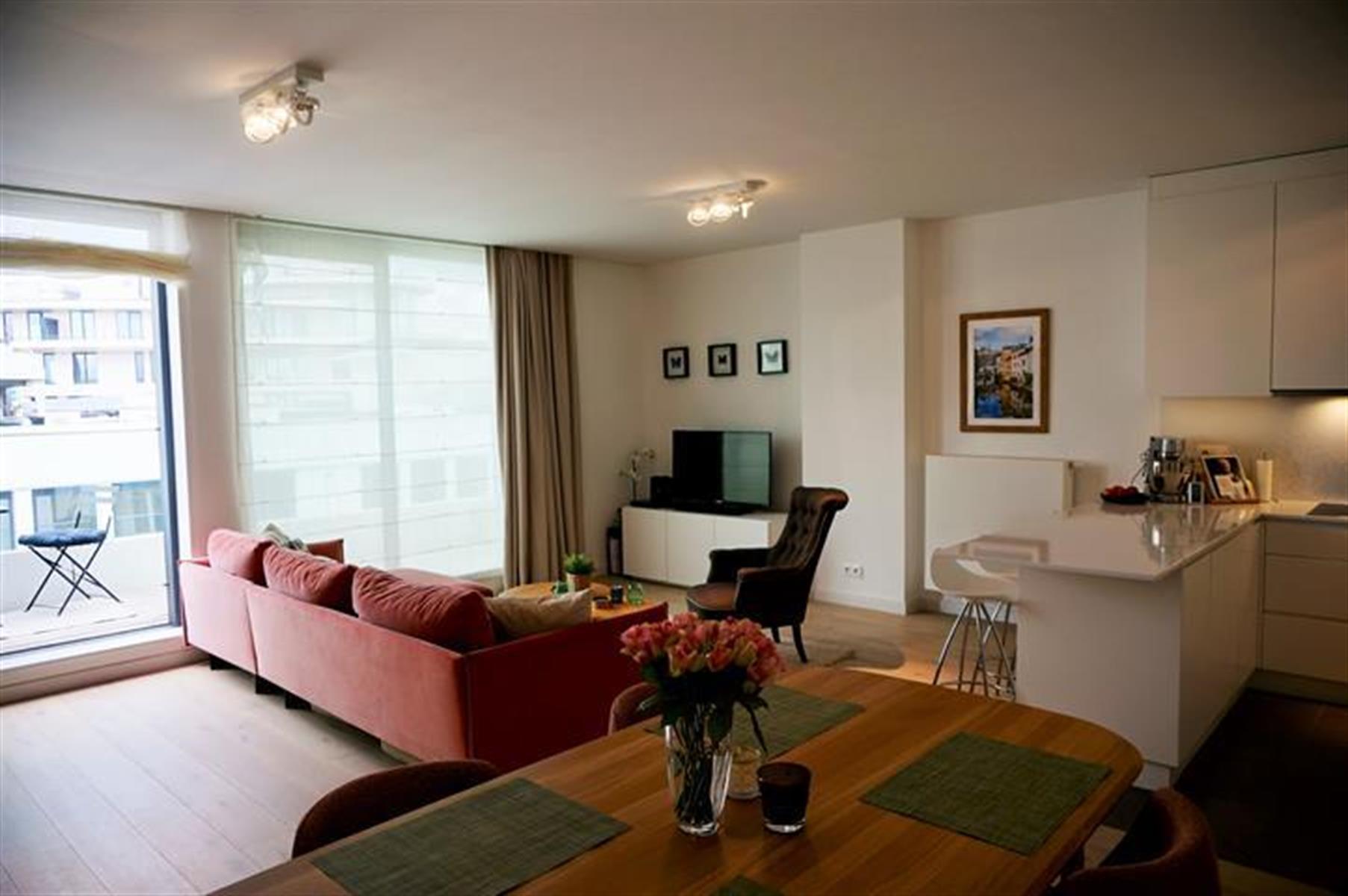 Flat - Ixelles - #4499294-0