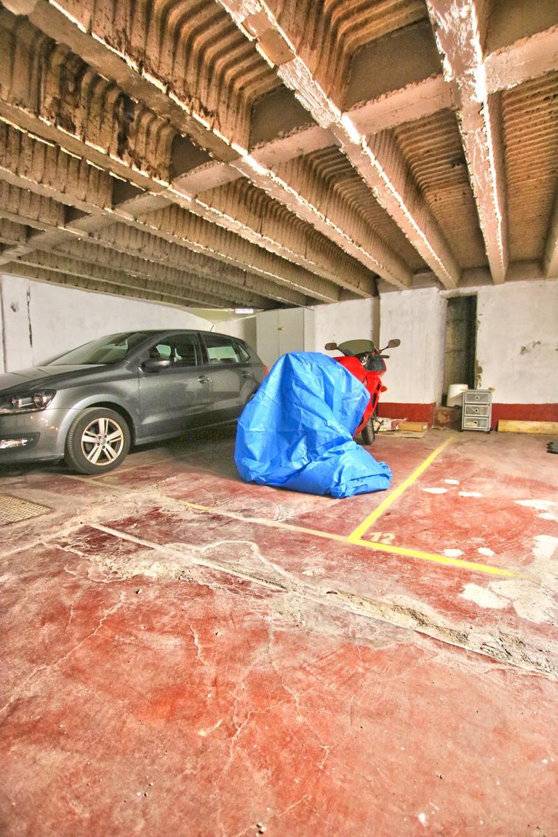 Inside parking - Etterbeek - #4512074-1