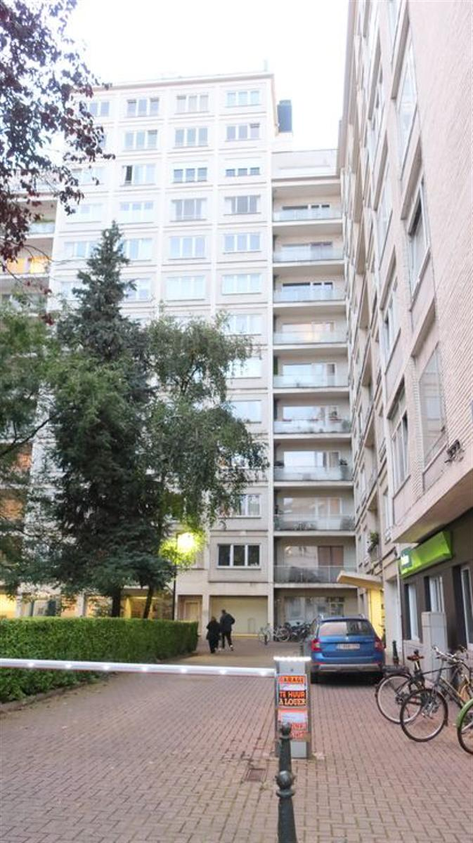 Appartement - Etterbeek - #4526474-0