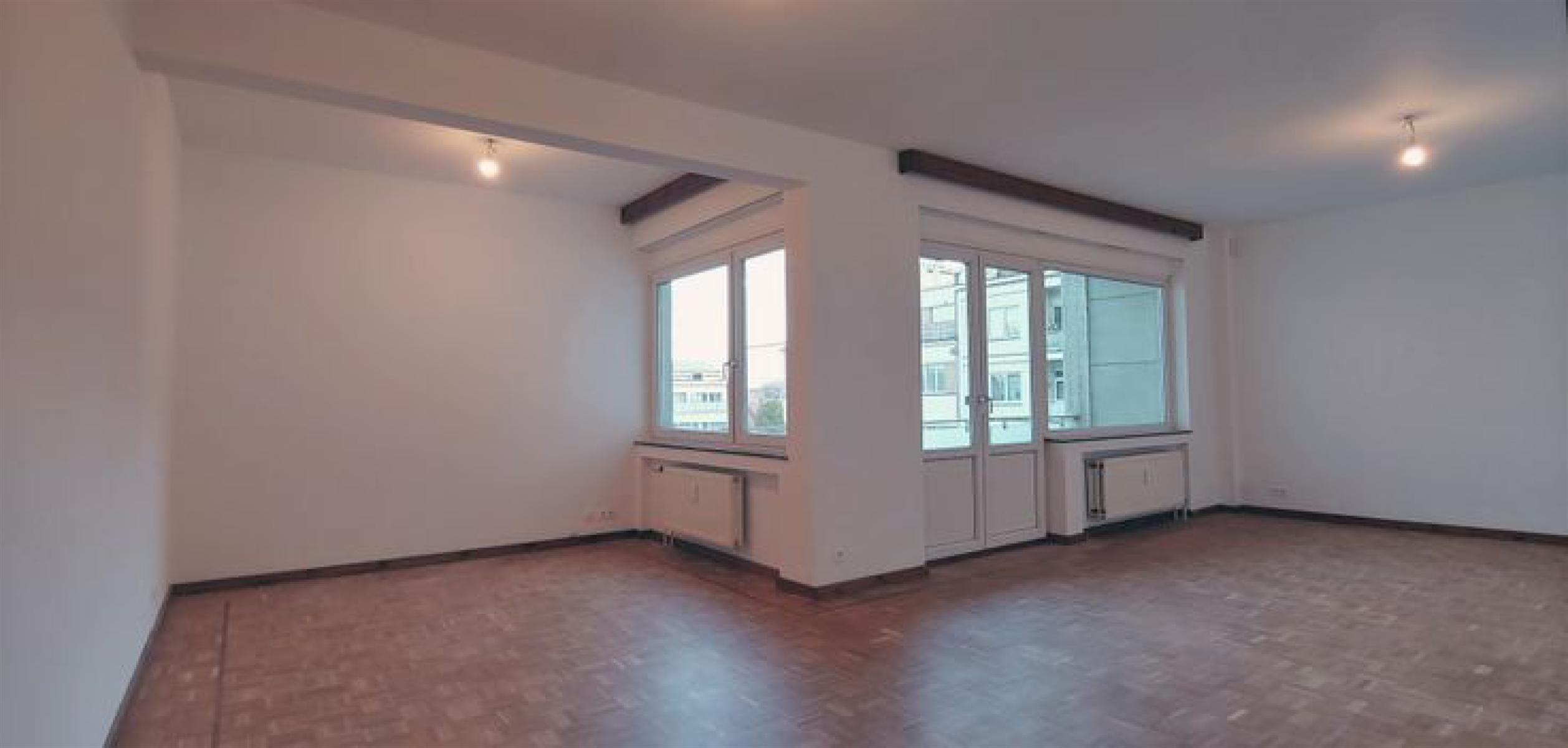 Appartement - Etterbeek - #4526474-1