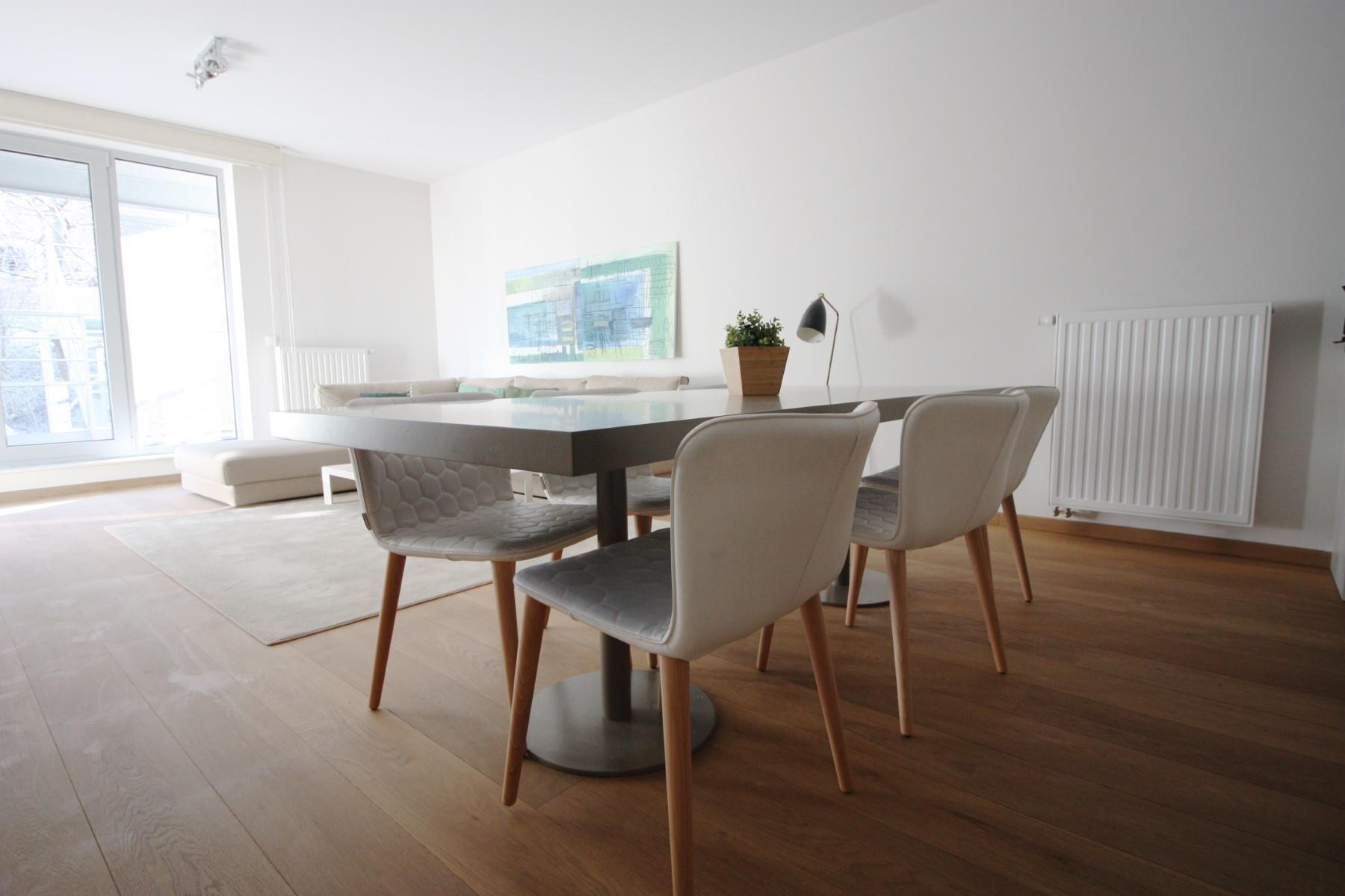 Flat - Etterbeek - #4527457-9