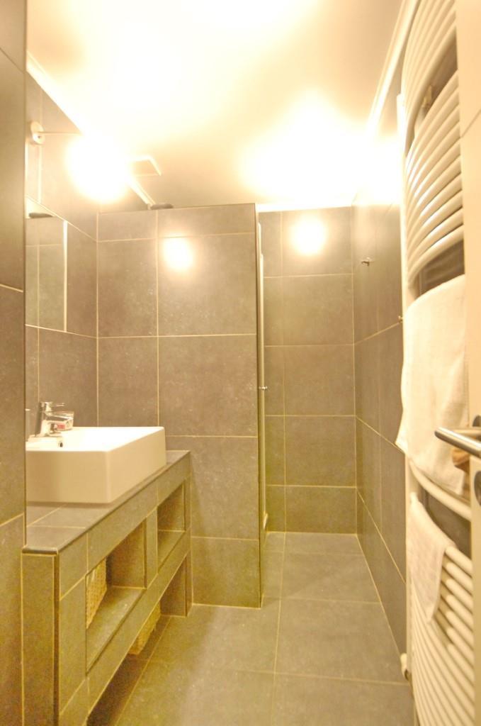 Villa - Waterloo - #3224276-18