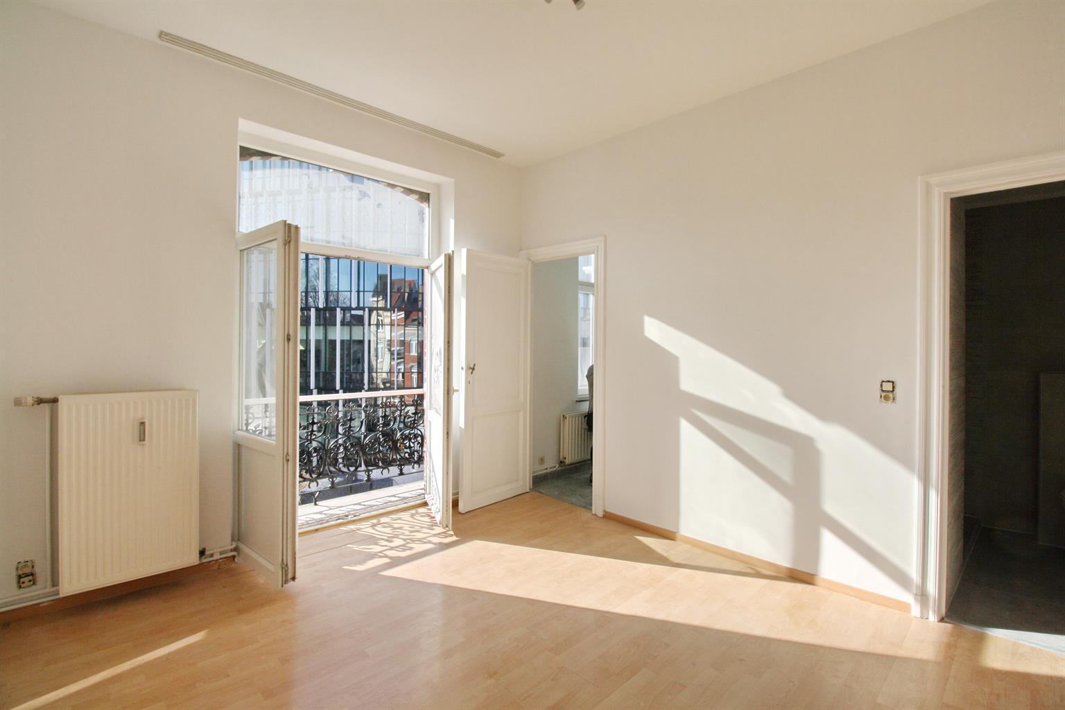 Appartement - Etterbeek - #3581834-34