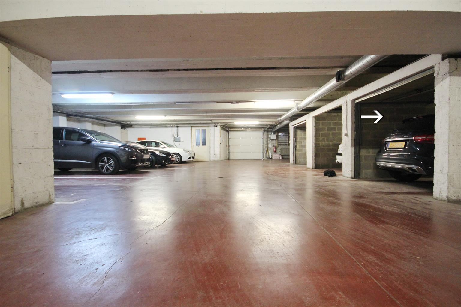 Garage (ferme) - Ixelles - #3875898-0