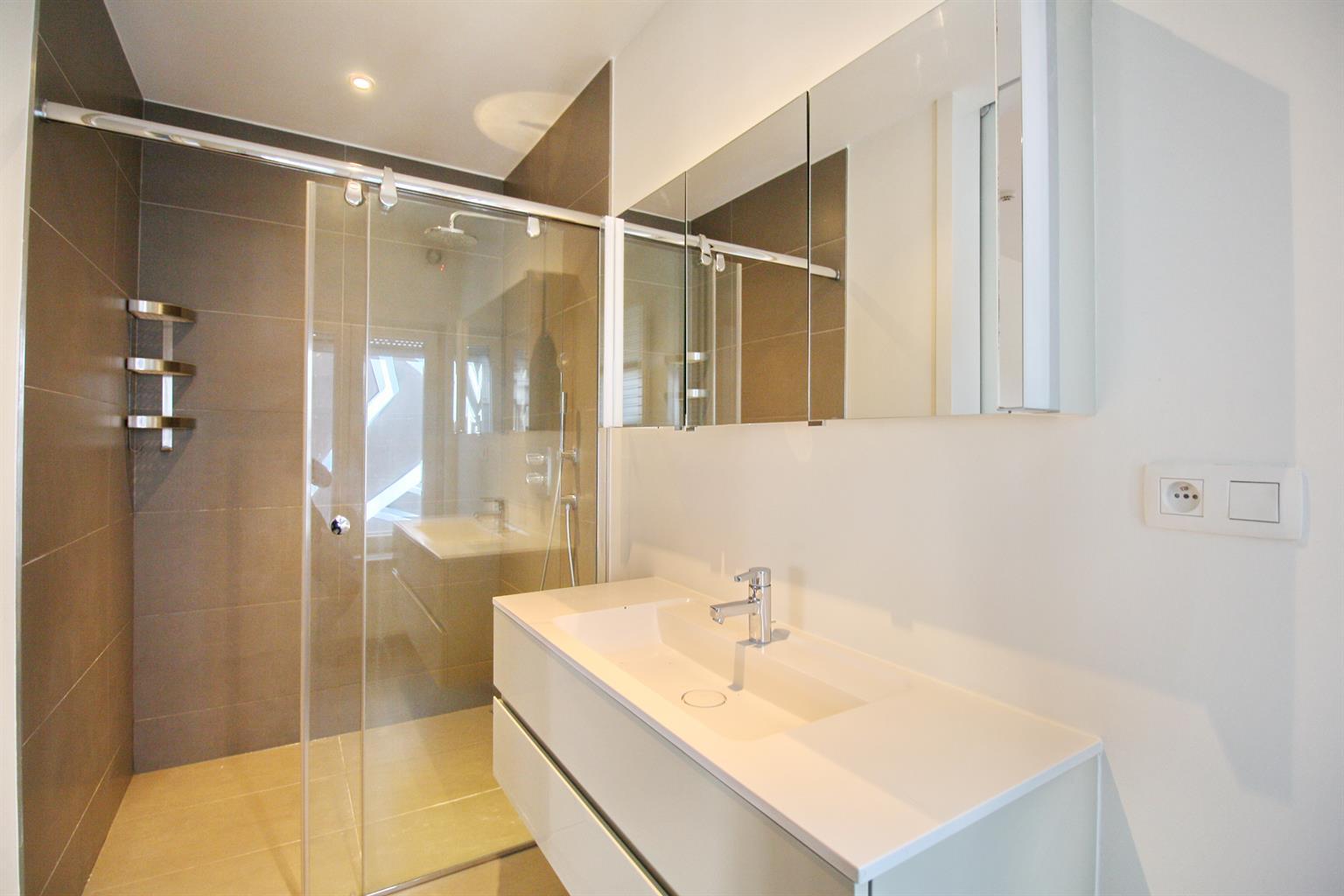 Appartement - Ixelles - #4237552-55